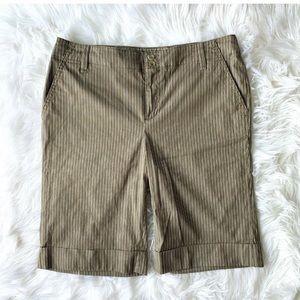 BANANA REPUBLIC Cuffed Bermuda Shorts